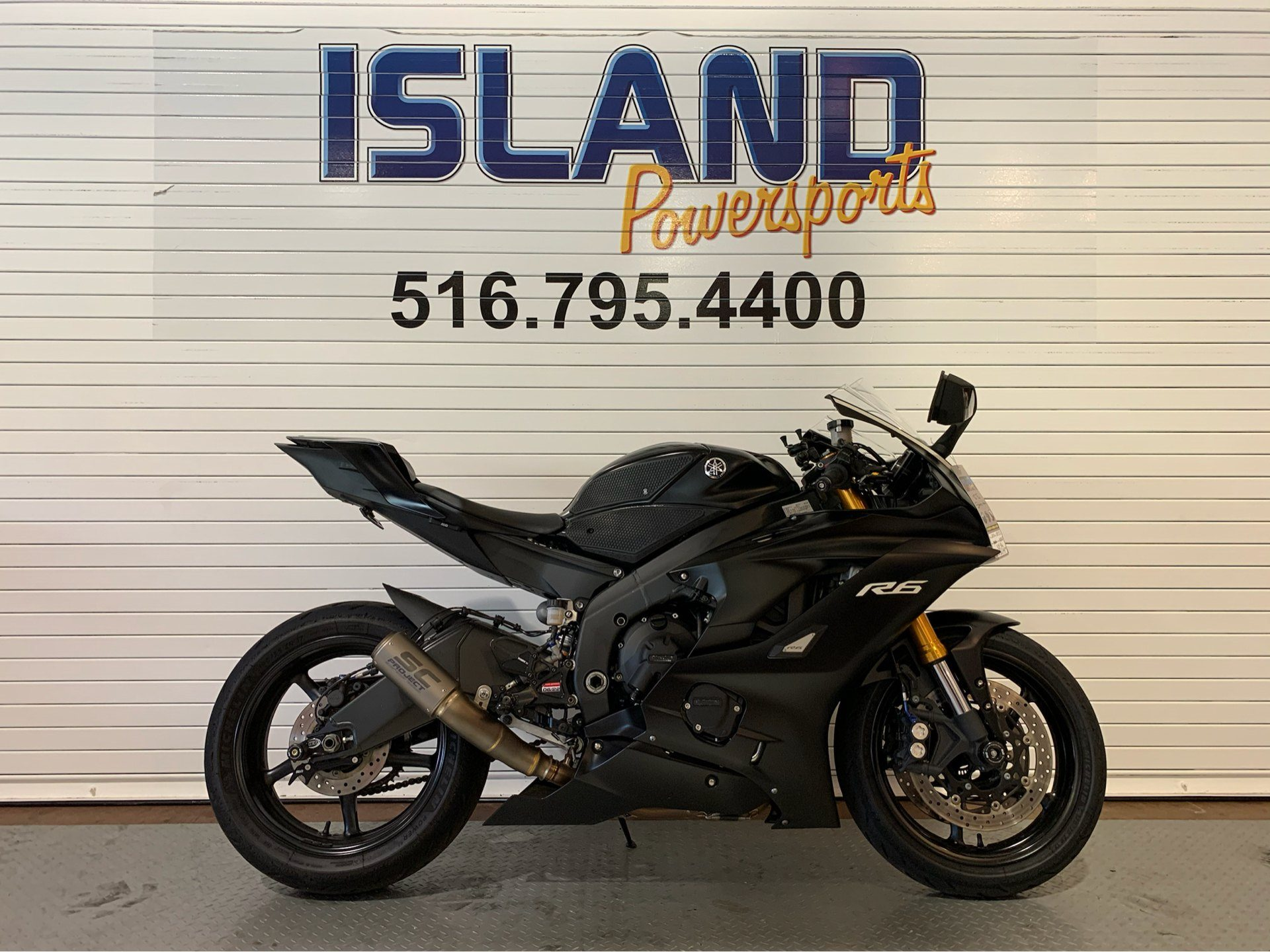 2017 Yamaha YZF-R6 in Massapequa, New York - Photo 1