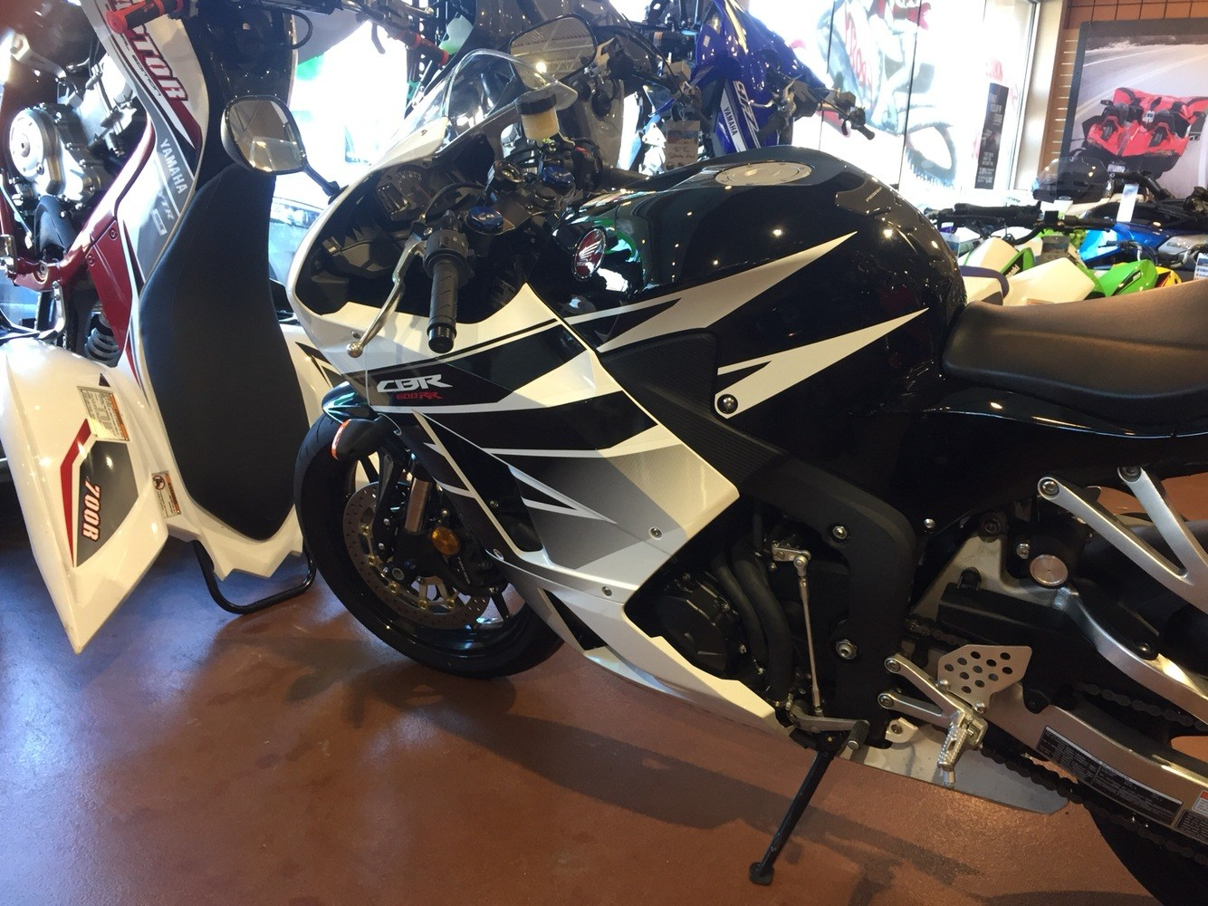 2016 Honda CBR600RR ABS 12