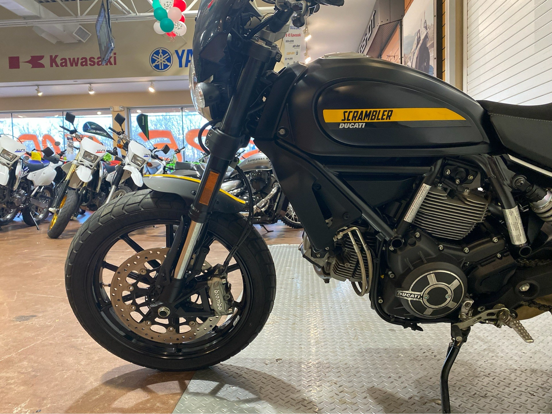 2017 Ducati Scrambler Full Throttle in Massapequa, New York - Photo 9