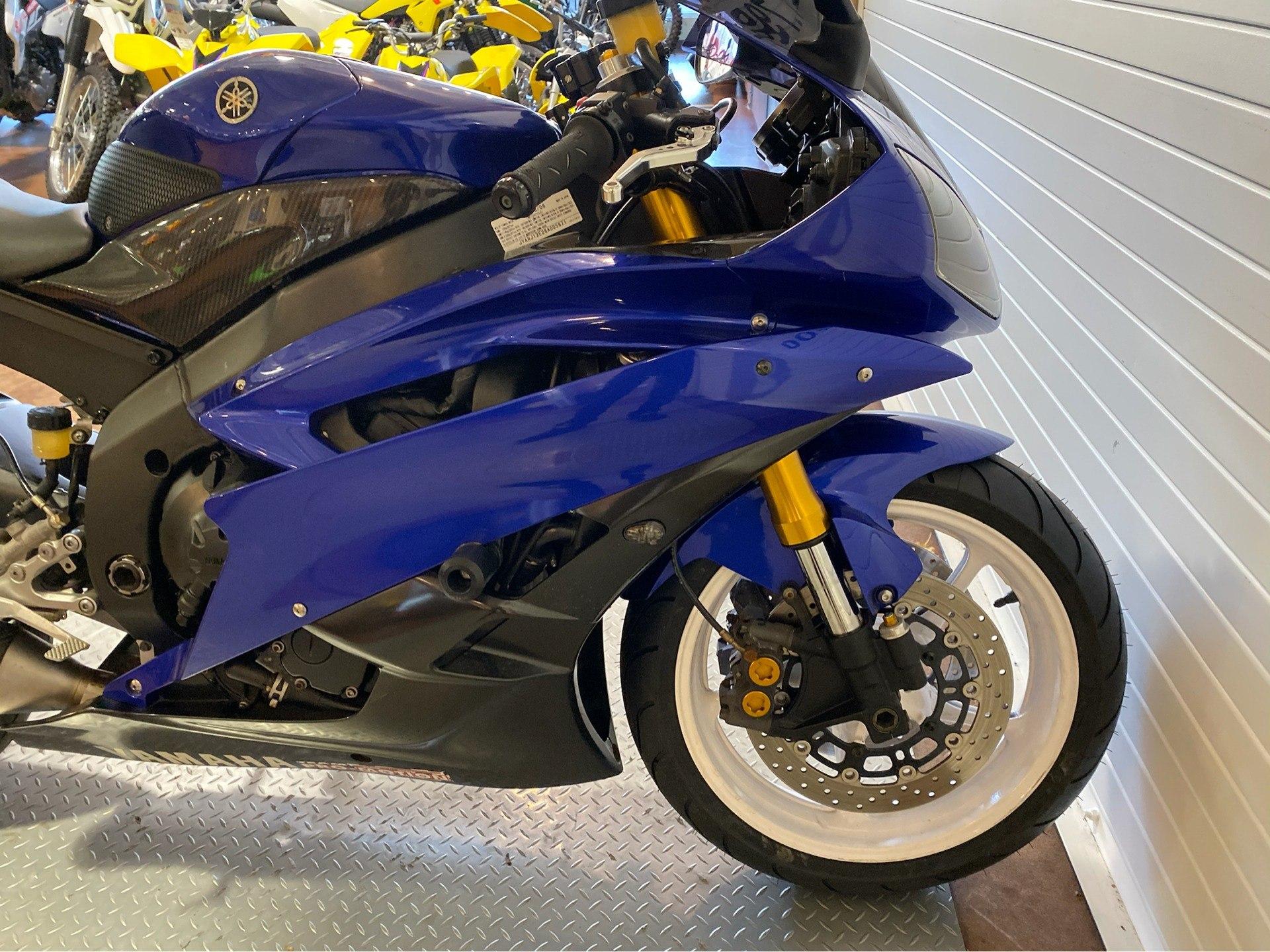 2006 Yamaha YZF-R6 12