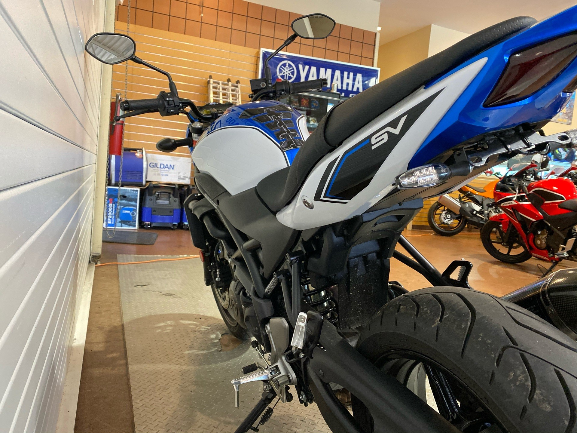 2018 Suzuki SV650 in Massapequa, New York - Photo 9