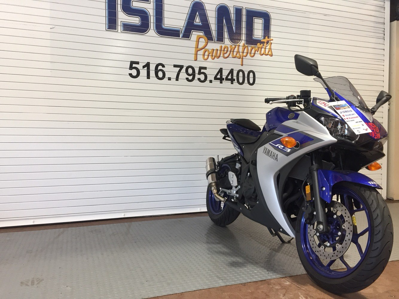 2015 Yamaha YZF-R3 in Massapequa, New York - Photo 3