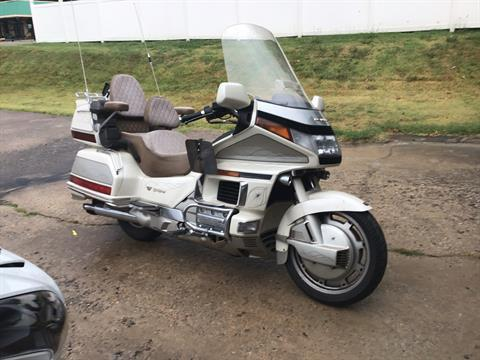 1990 Honda Gold Wing 1500 SE in Del City, Oklahoma - Photo 2