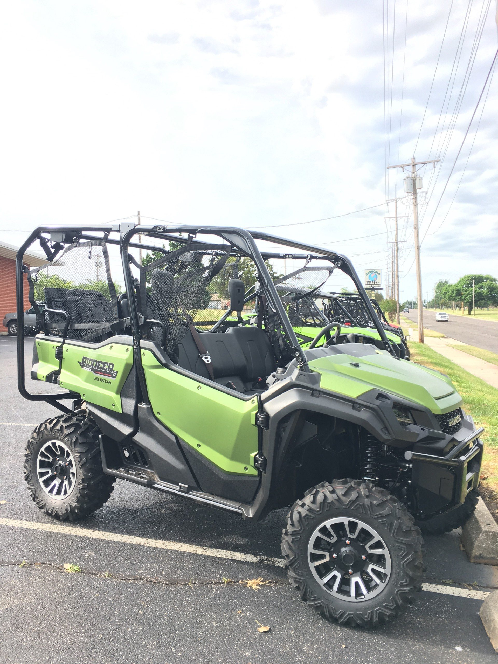 2020 Honda Pioneer 1000-5 Deluxe in Del City, Oklahoma - Photo 4
