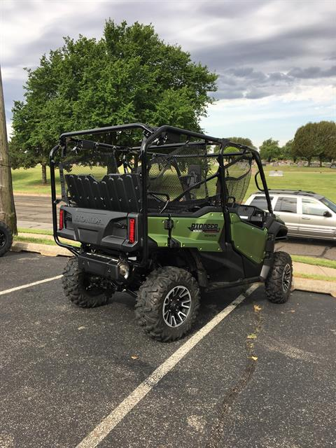 2020 Honda Pioneer 1000-5 Deluxe in Del City, Oklahoma - Photo 5