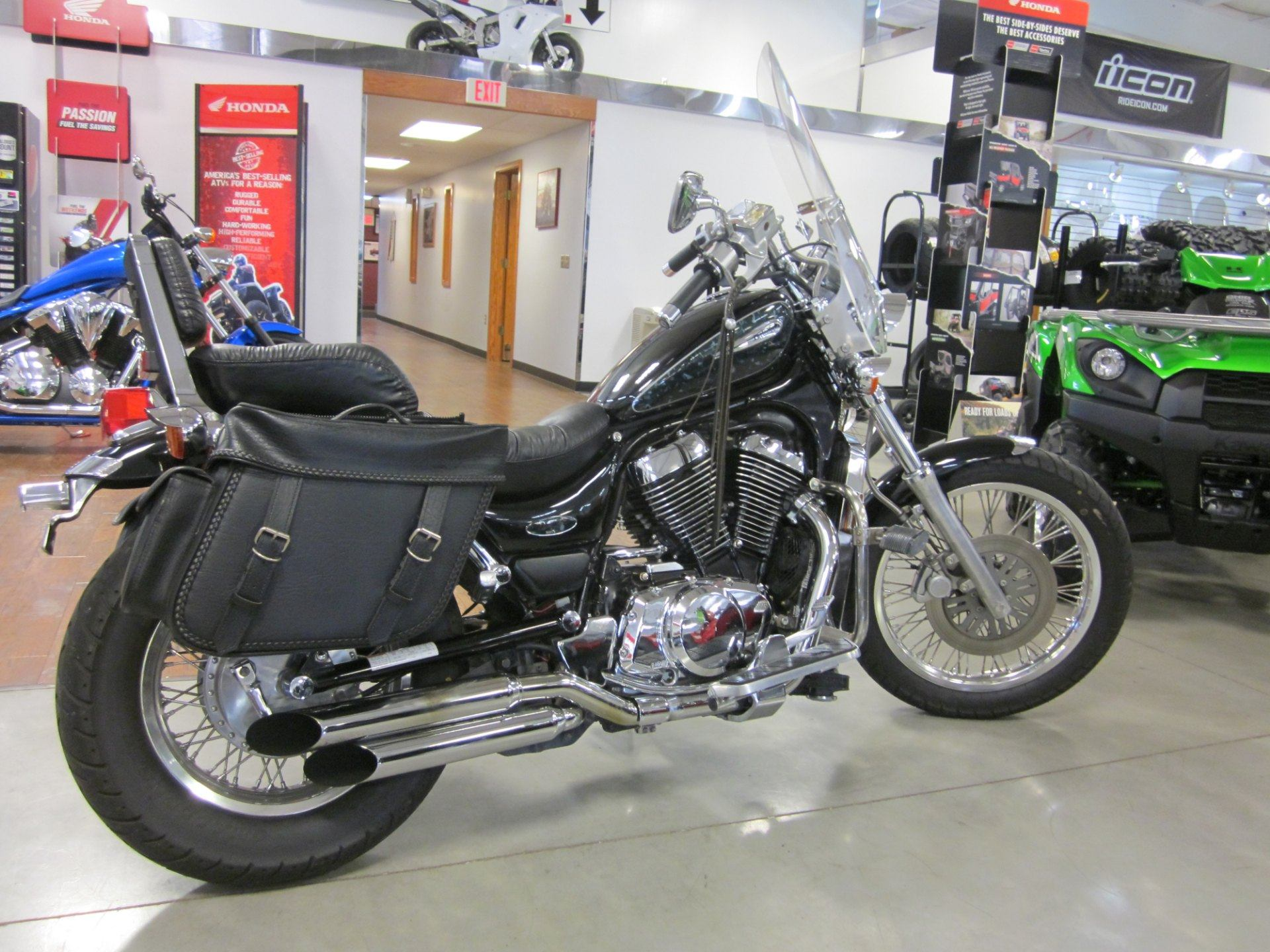 2000 Suzuki Intruder 800 in Lima, Ohio - Photo 3