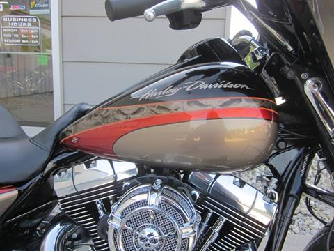 2016 Harley Davidson Street Glide in Lima, Ohio - Photo 10
