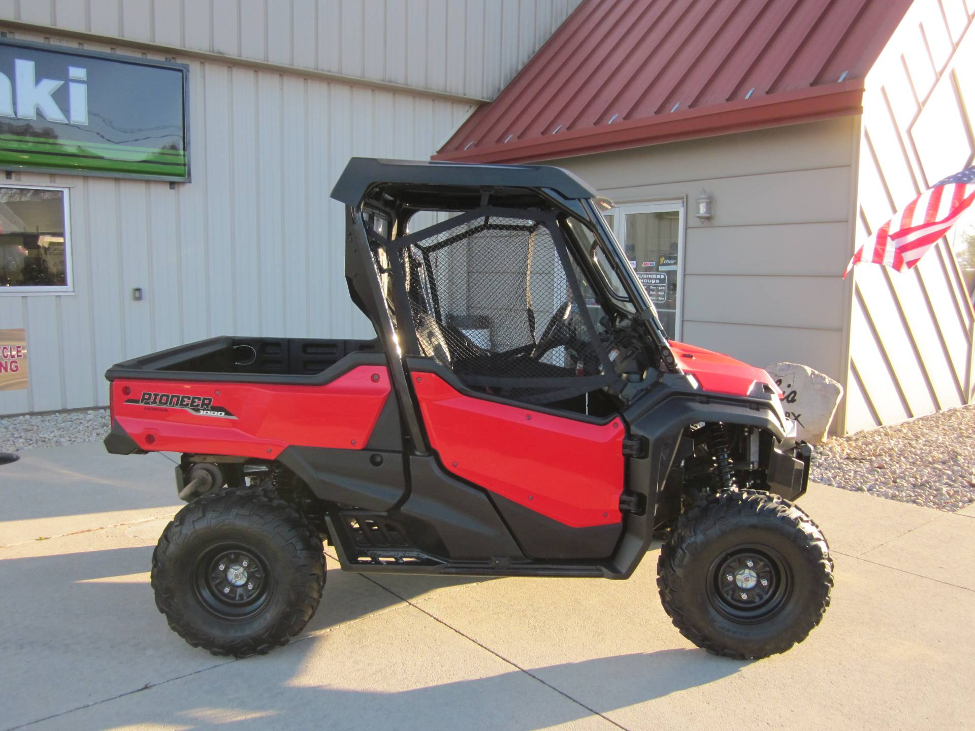 2016 Honda Pioneer 1000 EPS in Lima, Ohio
