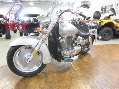 2006 Honda VTX™1300R (VT1300R) in Lima, Ohio - Photo 4