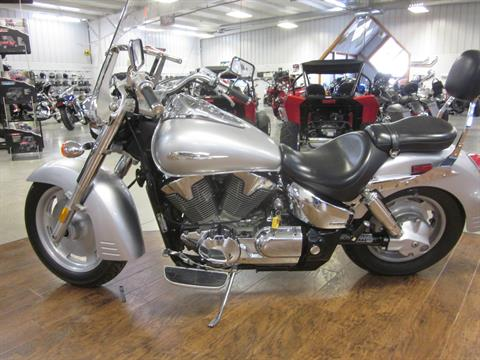2006 Honda VTX™1300R (VT1300R) in Lima, Ohio - Photo 5