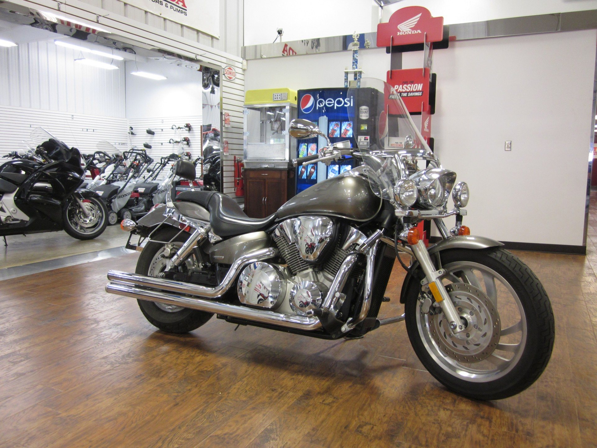 2005 Honda VTX™ 1300C in Lima, Ohio
