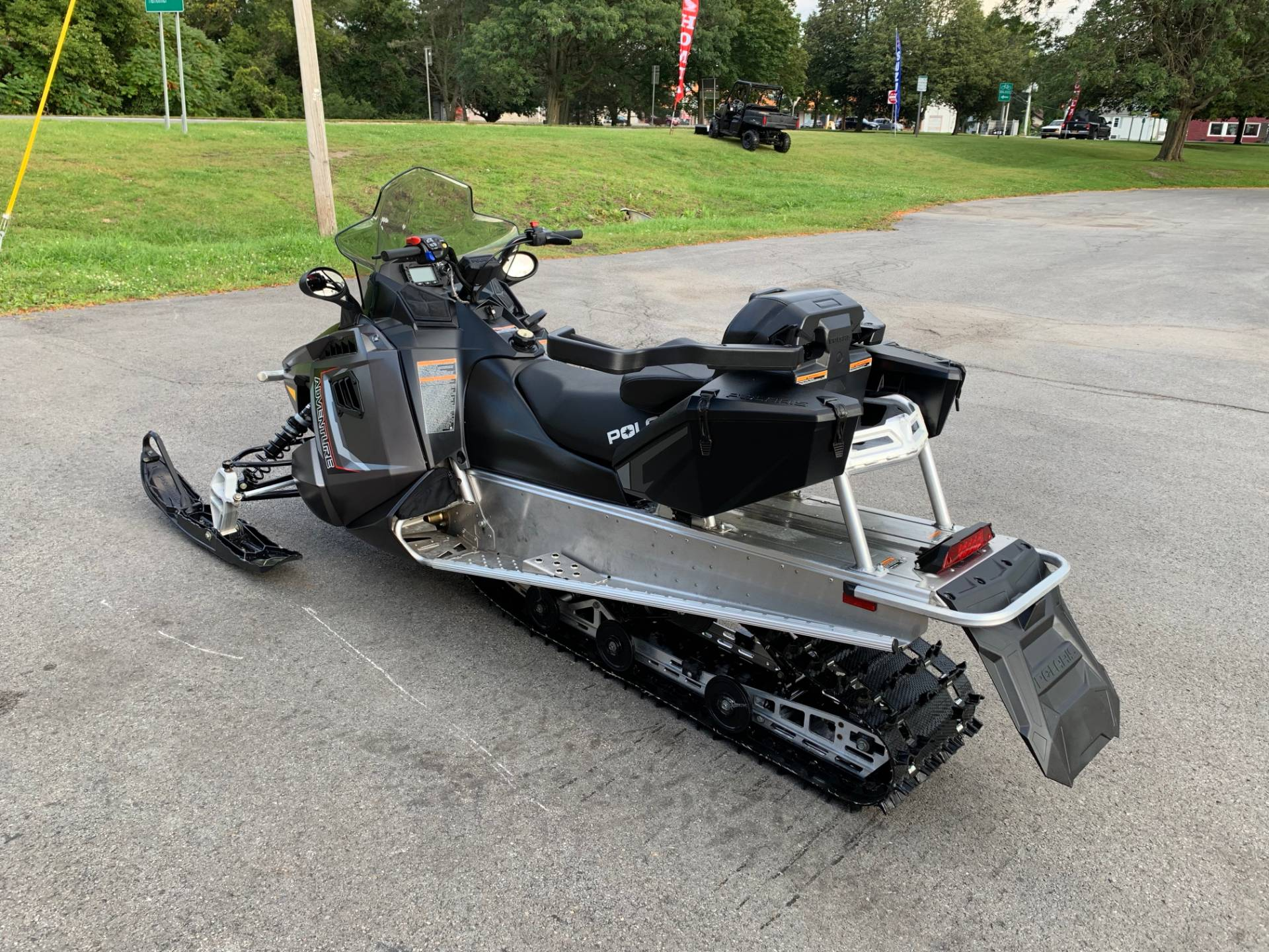 2019 Polaris 550 INDY Adventure 144 ES in Herkimer, New York - Photo 6