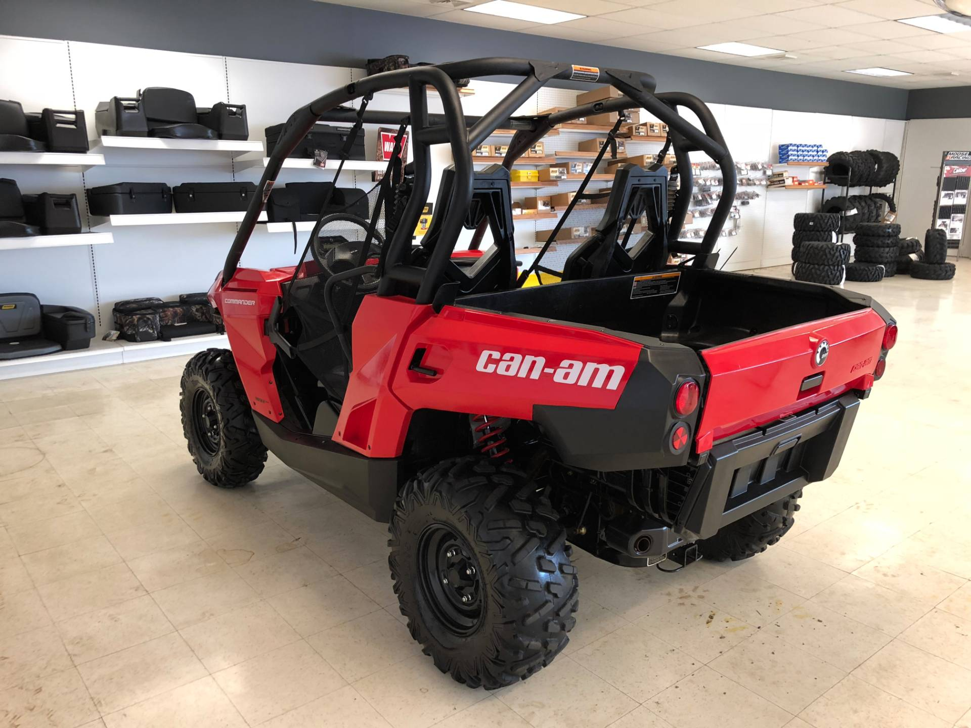 2017 Can-Am Commander 800R in Herkimer, New York