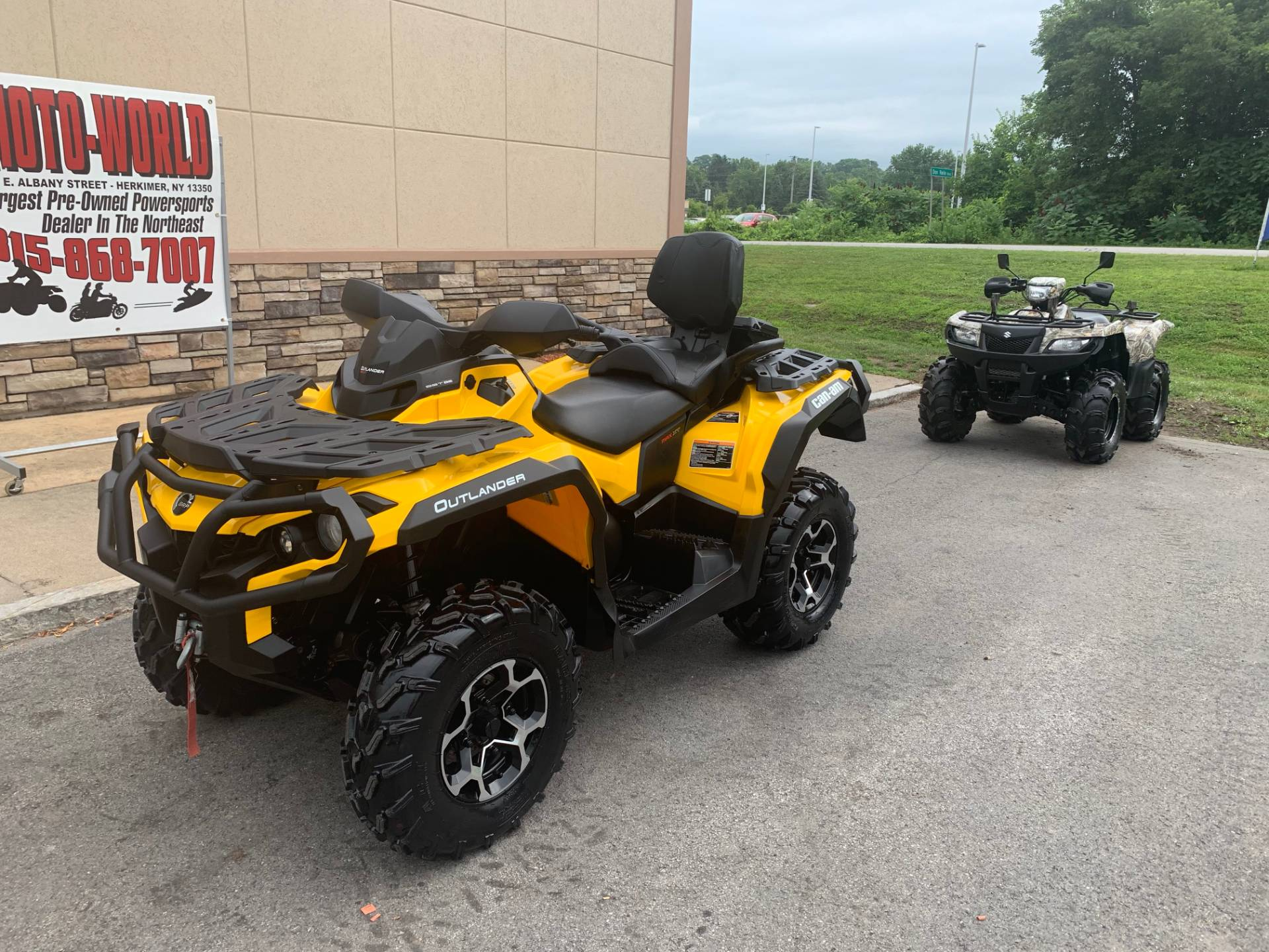2016 Can-Am Outlander MAX XT 570 in Herkimer, New York - Photo 10
