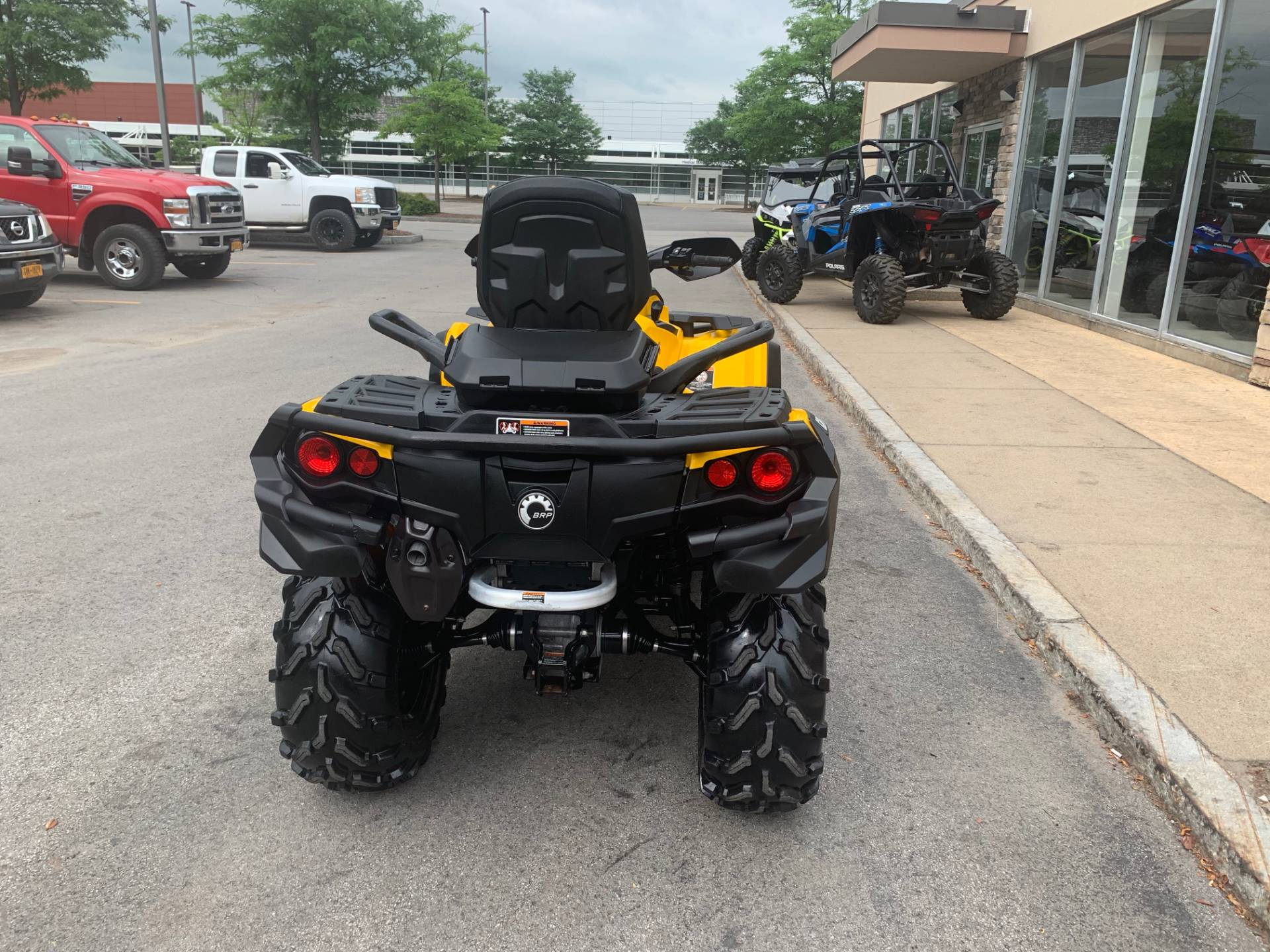 2016 Can-Am Outlander MAX XT 570 in Herkimer, New York - Photo 11