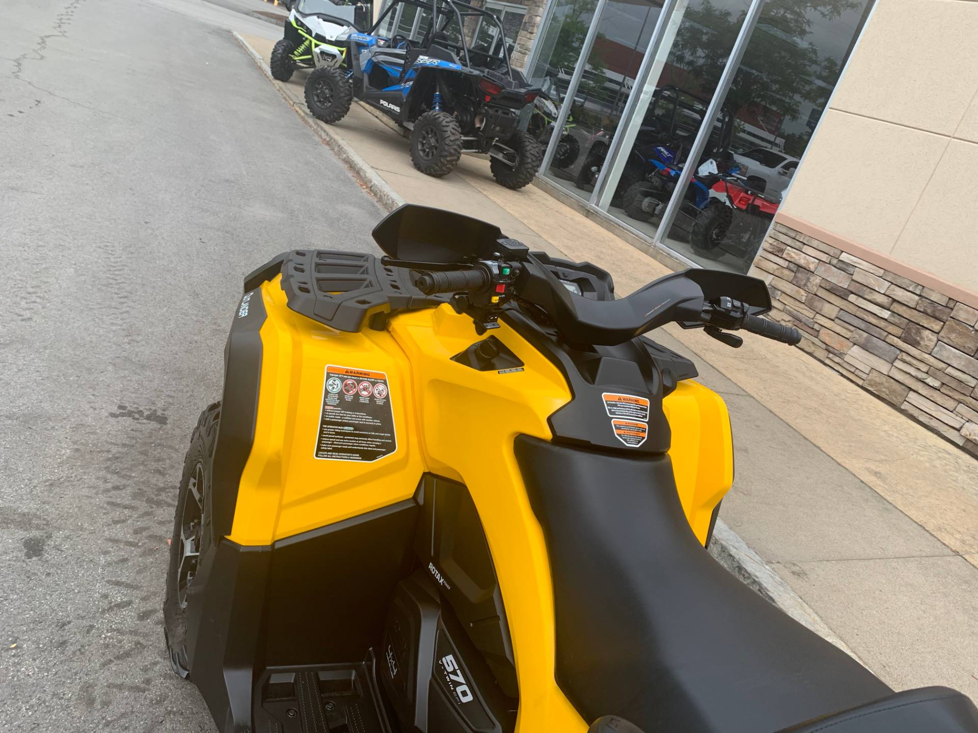 2016 Can-Am Outlander MAX XT 570 in Herkimer, New York - Photo 22
