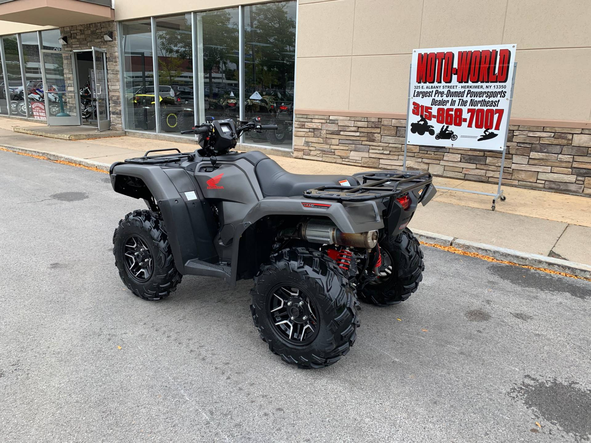 2018 Honda FourTrax Foreman Rubicon 4x4 Automatic DCT EPS Deluxe in Herkimer, New York - Photo 3