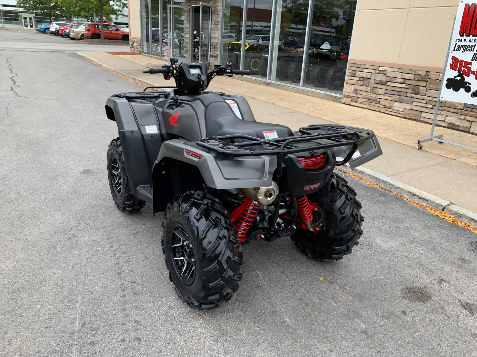 2018 Honda FourTrax Foreman Rubicon 4x4 Automatic DCT EPS Deluxe in Herkimer, New York - Photo 8