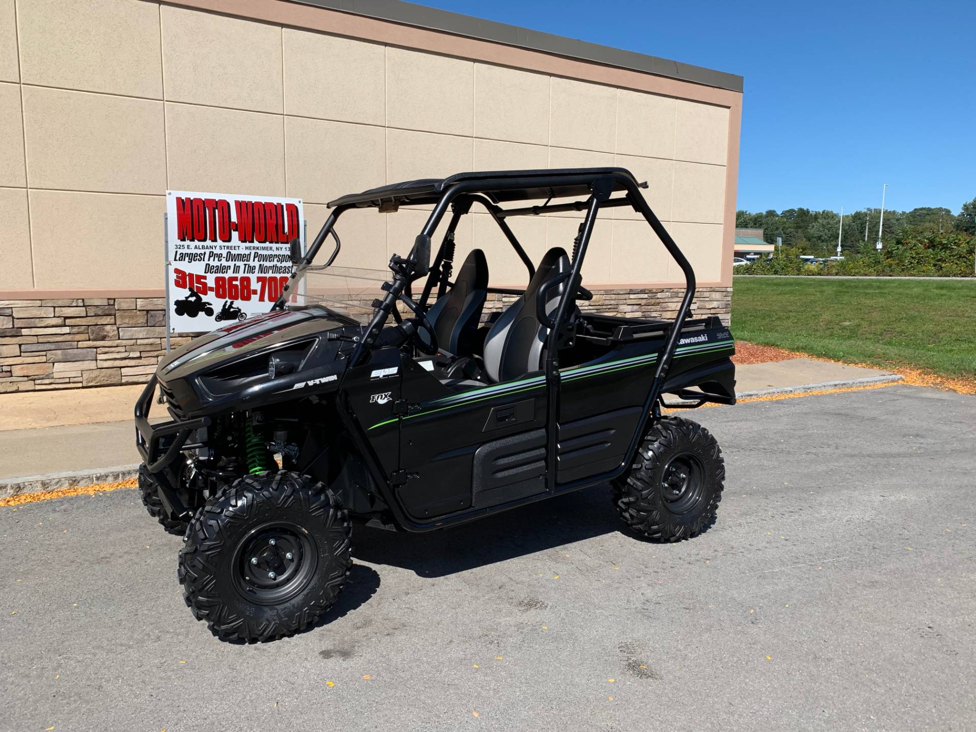2015 Kawasaki Teryx® LE in Herkimer, New York - Photo 2