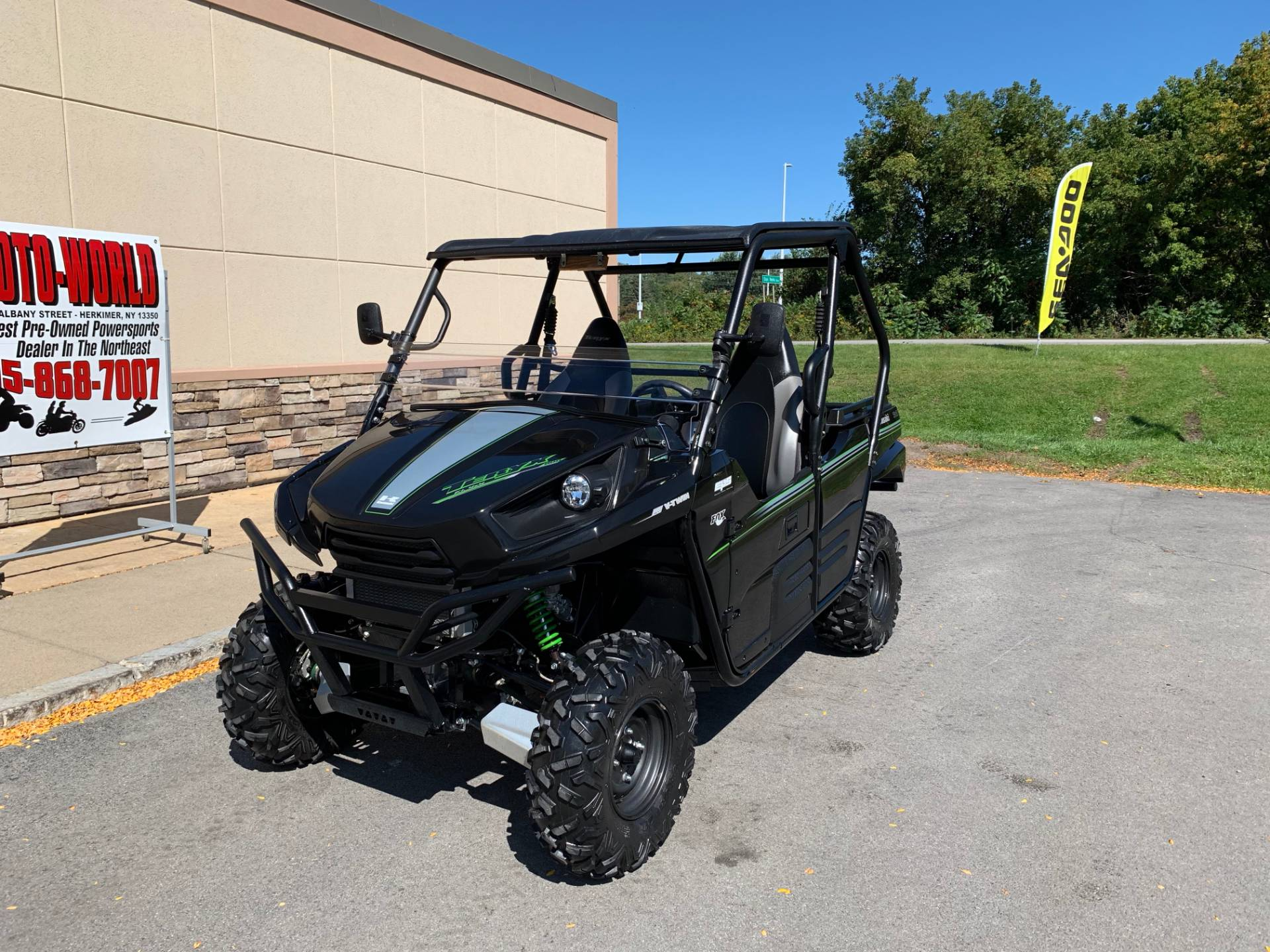 2015 Kawasaki Teryx® LE in Herkimer, New York - Photo 3
