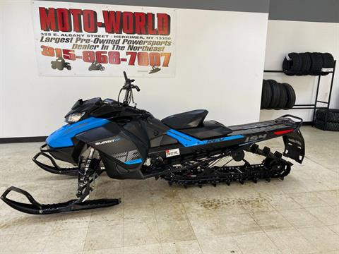 2019 Ski-Doo Summit SP 154 600R E-TEC SHOT PowderMax Light 2.5 w/ FlexEdge in Herkimer, New York - Photo 3