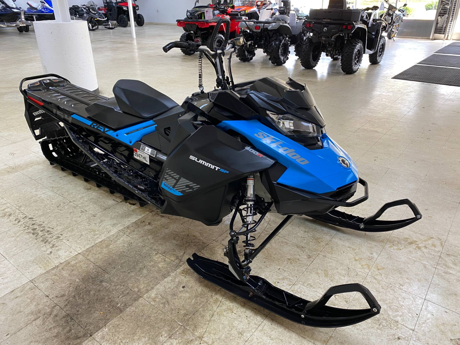 2019 Ski-Doo Summit SP 154 600R E-TEC SHOT PowderMax Light 2.5 w/ FlexEdge in Herkimer, New York - Photo 8