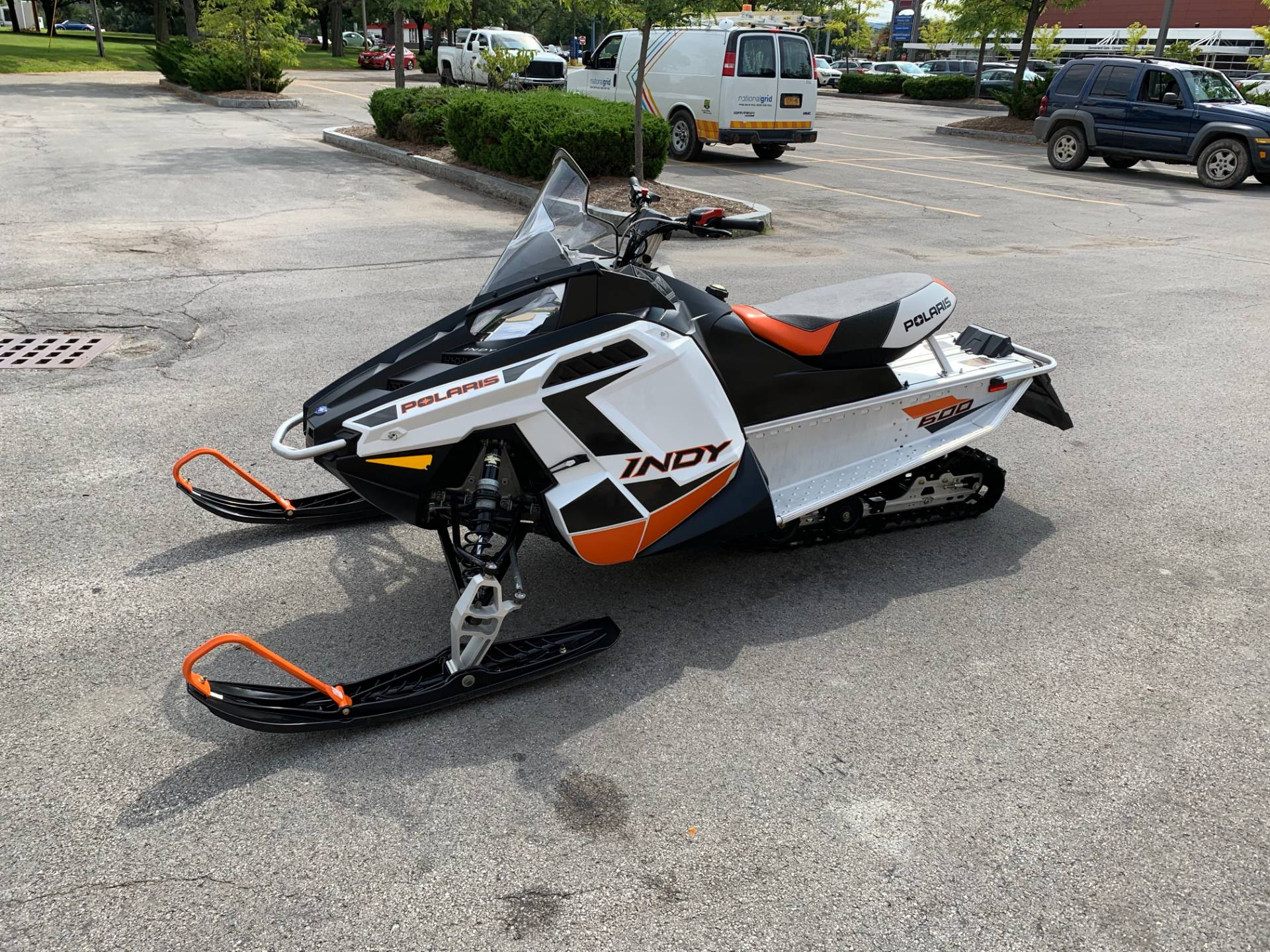 2019 Polaris 600 INDY 121 ES in Herkimer, New York - Photo 7