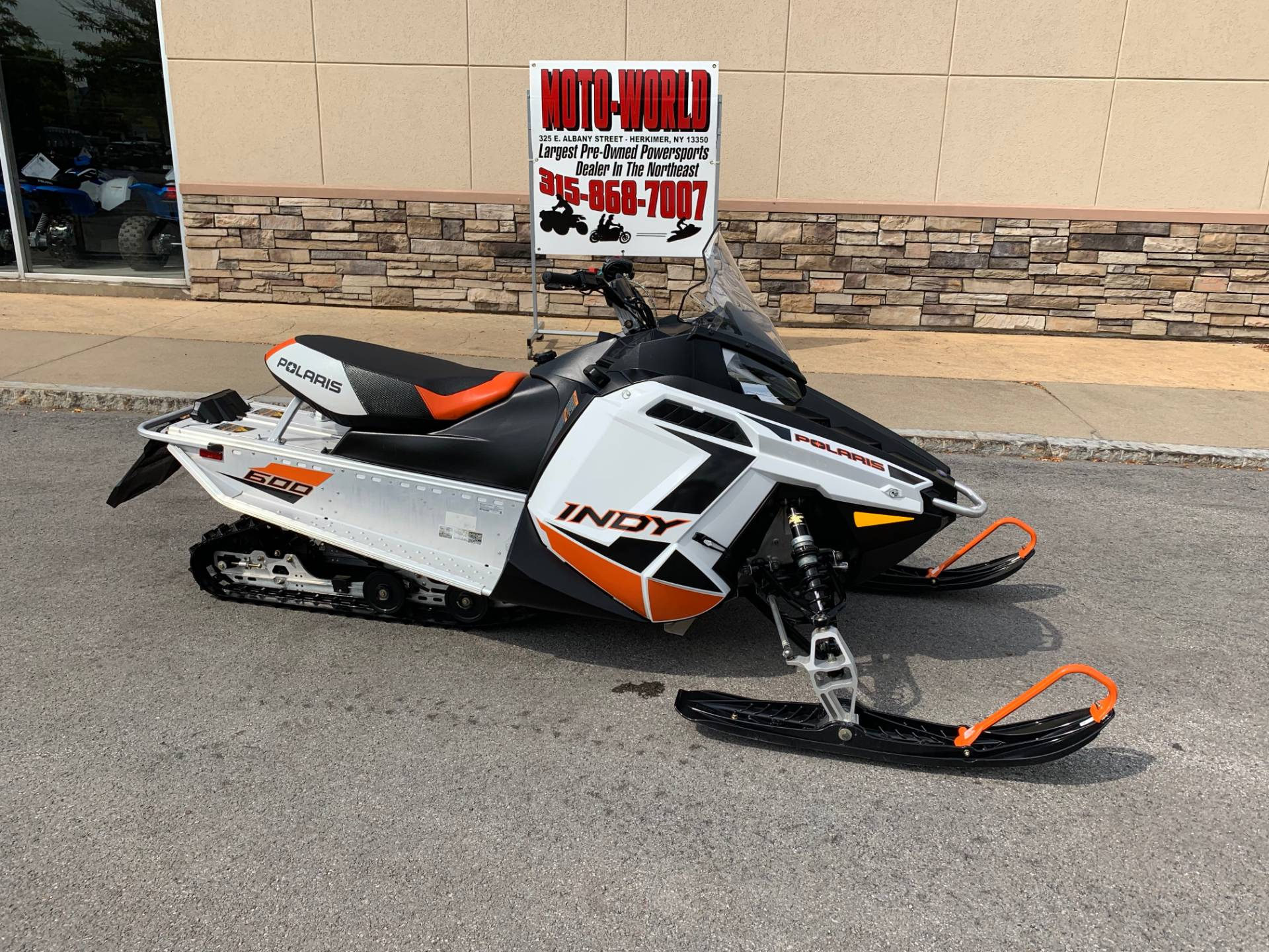 2019 Polaris 600 INDY 121 ES in Herkimer, New York - Photo 11