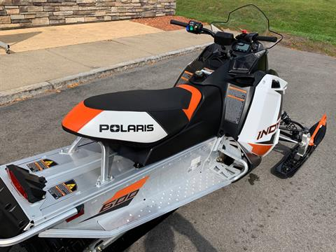 2019 Polaris 600 INDY 121 ES in Herkimer, New York - Photo 14