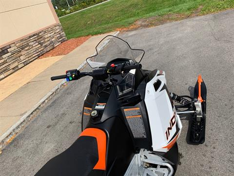 2019 Polaris 600 INDY 121 ES in Herkimer, New York - Photo 15