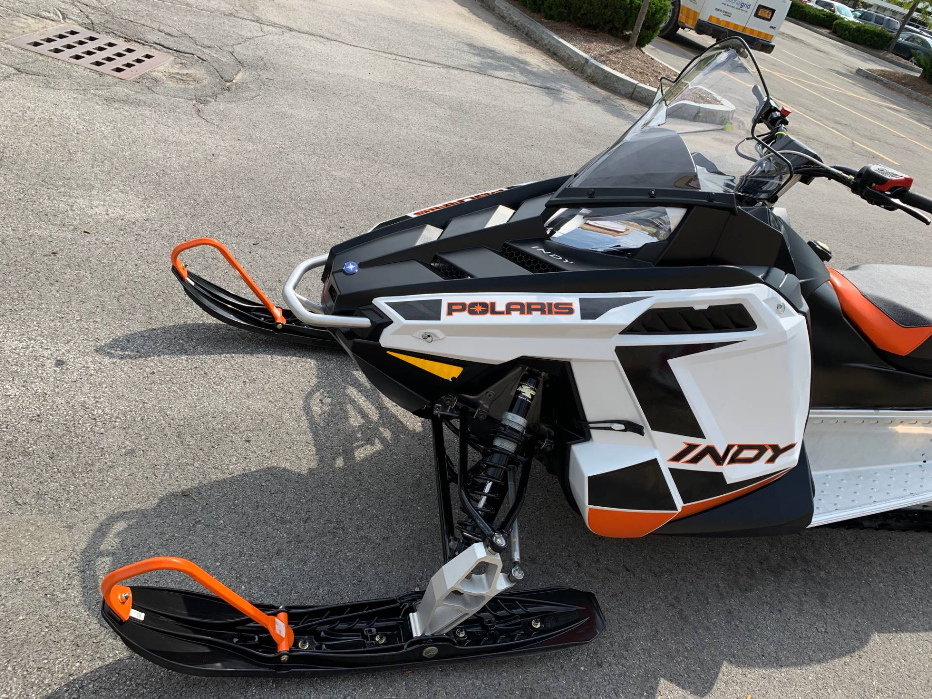 2019 Polaris 600 INDY 121 ES in Herkimer, New York - Photo 17