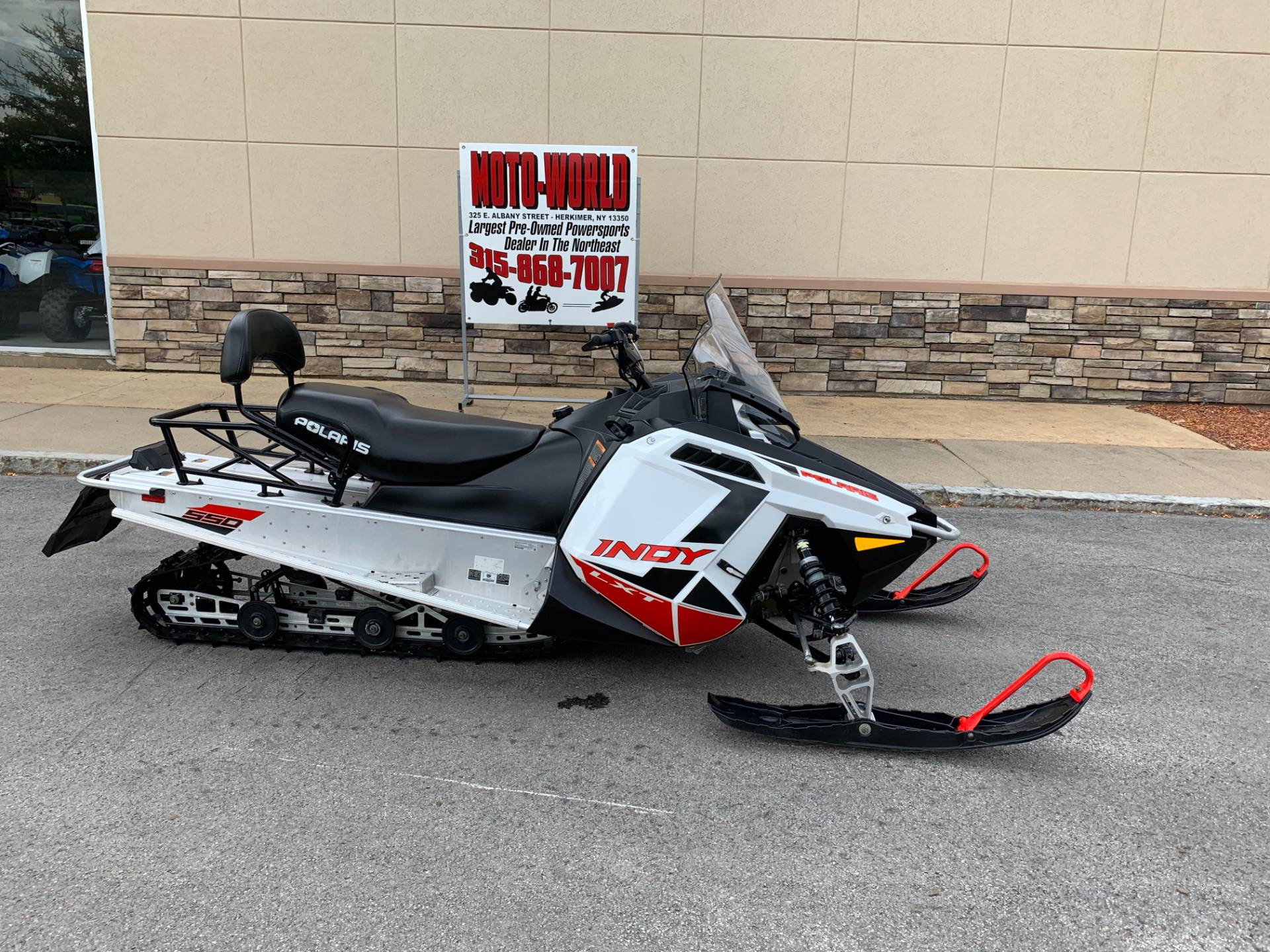 2019 Polaris 550 INDY LXT ES in Herkimer, New York - Photo 1
