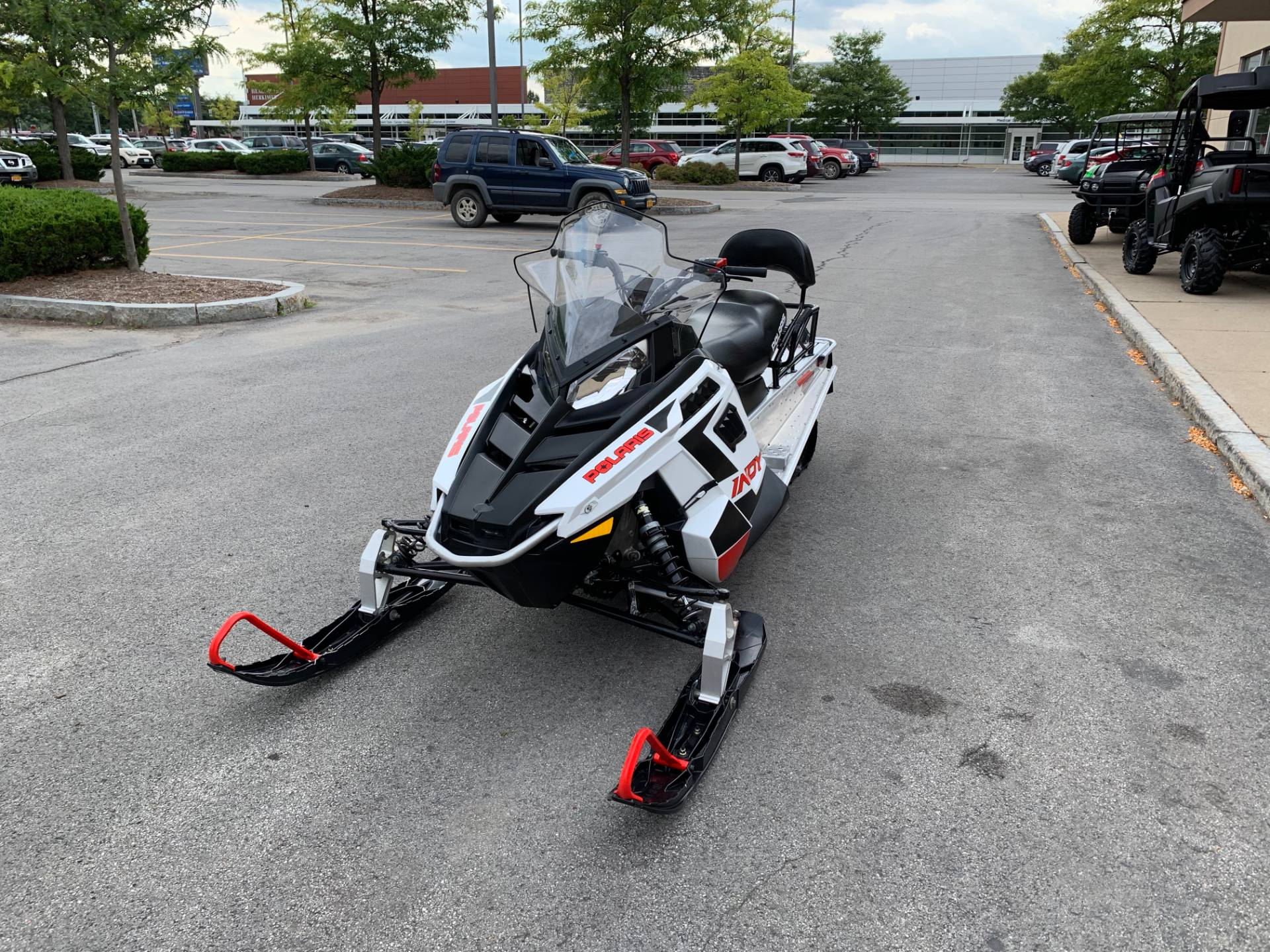 2019 Polaris 550 INDY LXT ES in Herkimer, New York - Photo 6