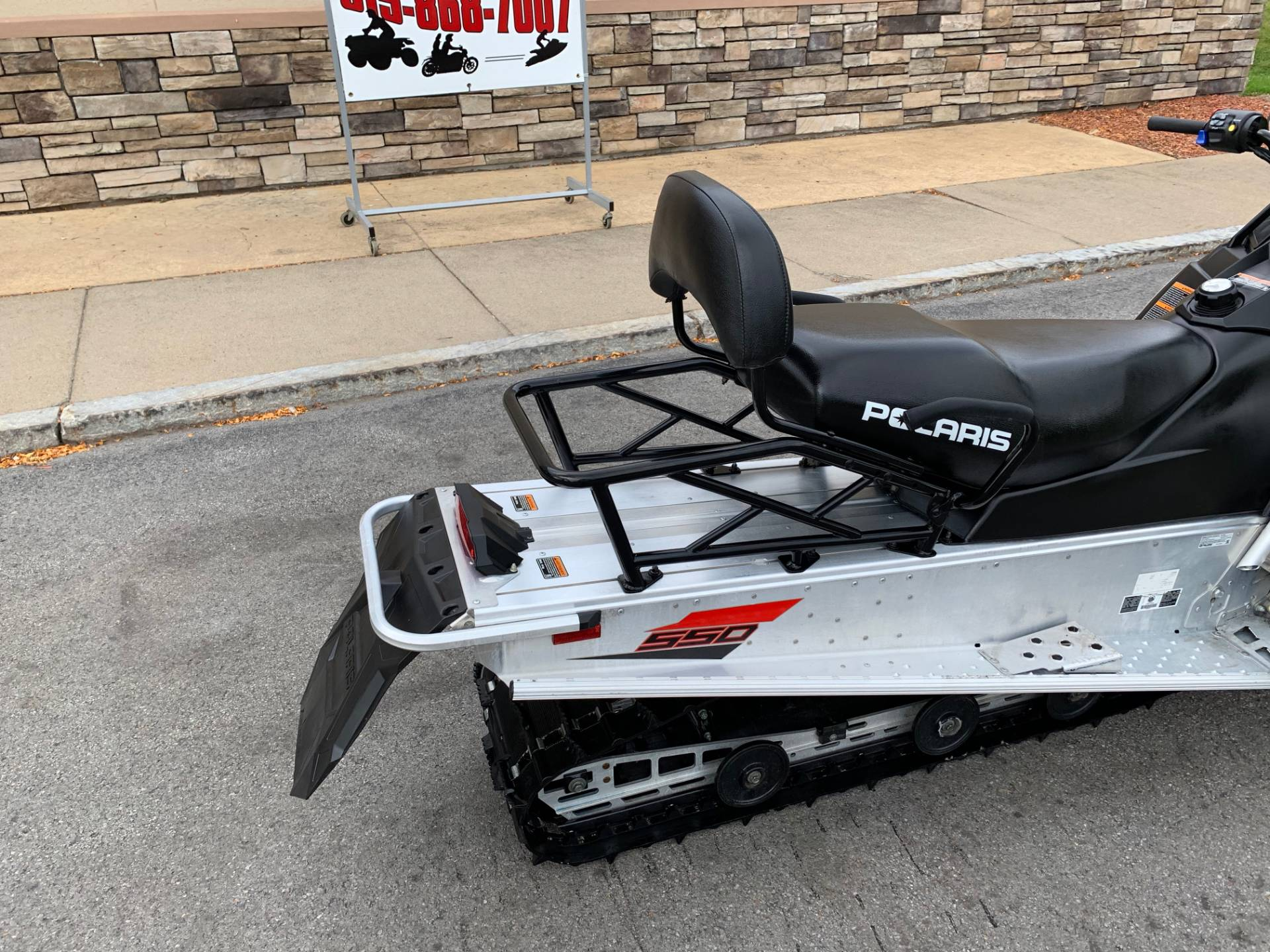 2019 Polaris 550 INDY LXT ES in Herkimer, New York - Photo 10
