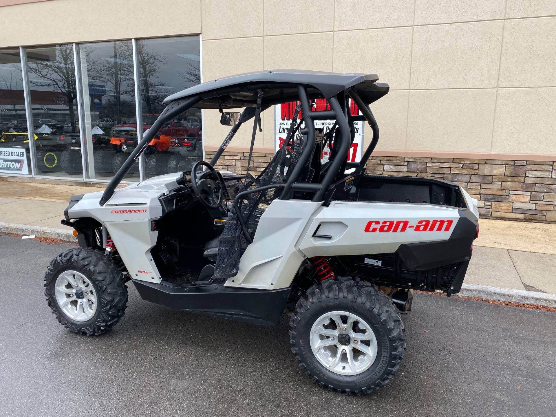 2017 Can-Am Commander DPS 800R in Herkimer, New York - Photo 12