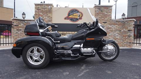 1998 Honda Gold Wing SE in Racine, Wisconsin - Photo 1