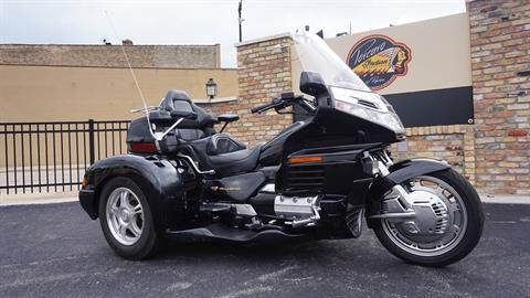 1998 Honda Gold Wing SE in Racine, Wisconsin - Photo 2