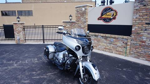 2017 Indian Chieftain® in Racine, Wisconsin - Photo 2