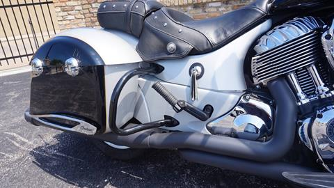 2017 Indian Chieftain® in Racine, Wisconsin - Photo 10