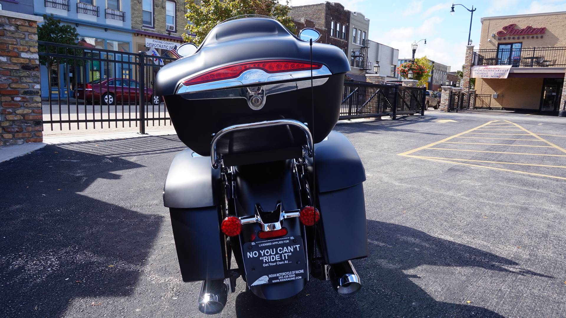 2020 Indian Roadmaster® Dark Horse® in Racine, Wisconsin - Photo 18