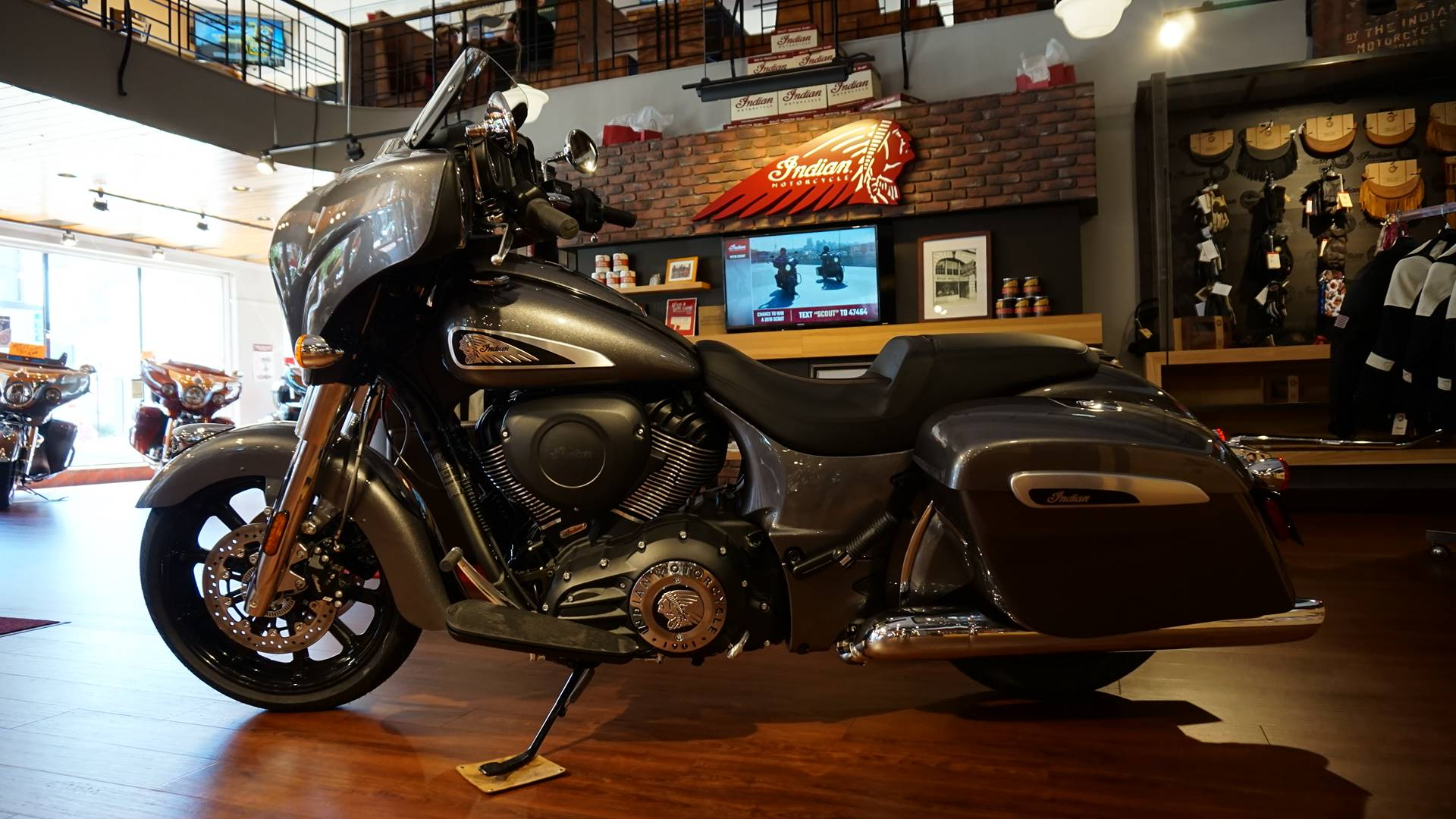 2019 Indian Chieftain® ABS in Racine, Wisconsin - Photo 14