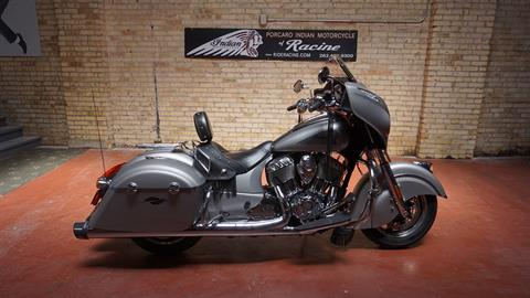 2016 Indian Chieftain® in Racine, Wisconsin