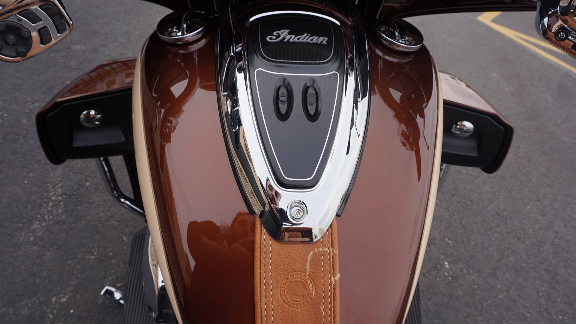 2018 Indian Roadmaster® ABS in Racine, Wisconsin - Photo 13