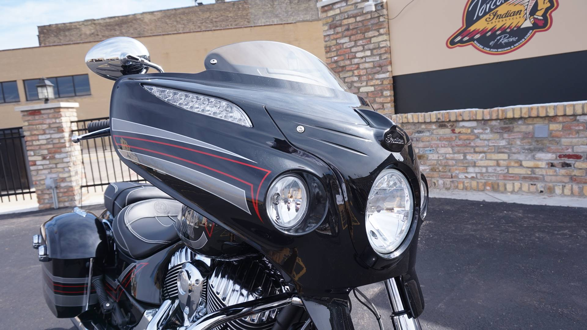 2018 Indian Chieftain® Limited ABS in Racine, Wisconsin - Photo 14