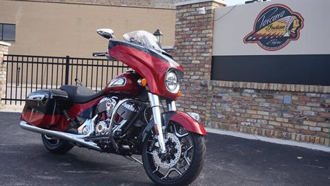 2020 Indian Chieftain® Elite in Racine, Wisconsin - Photo 2