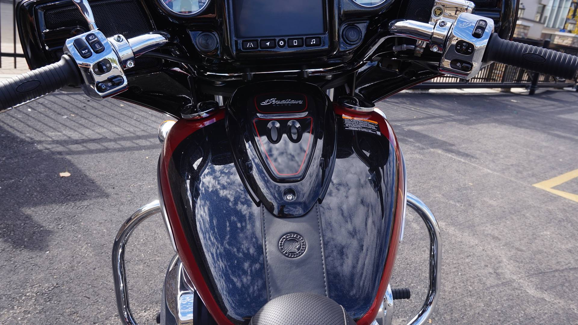 2020 Indian Chieftain® Elite in Racine, Wisconsin - Photo 19