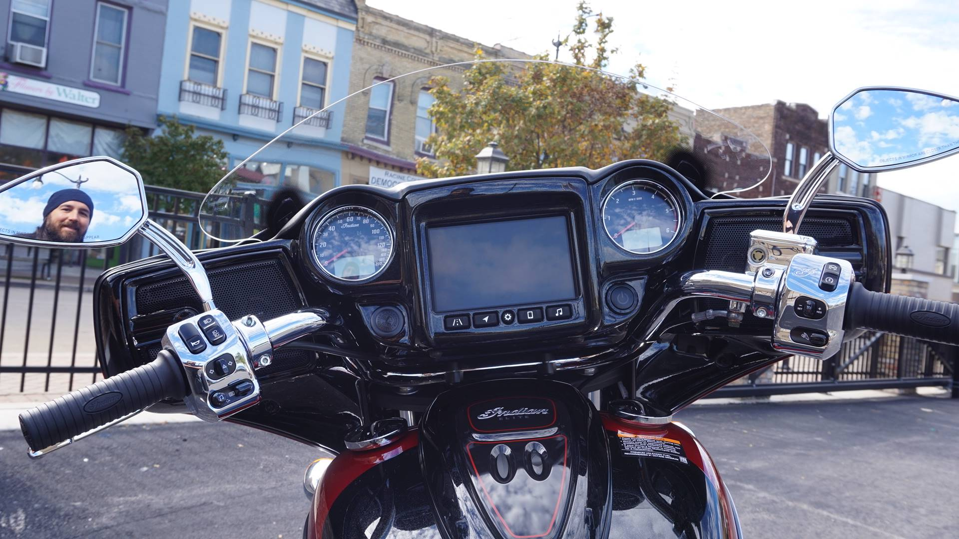 2020 Indian Chieftain® Elite in Racine, Wisconsin - Photo 21