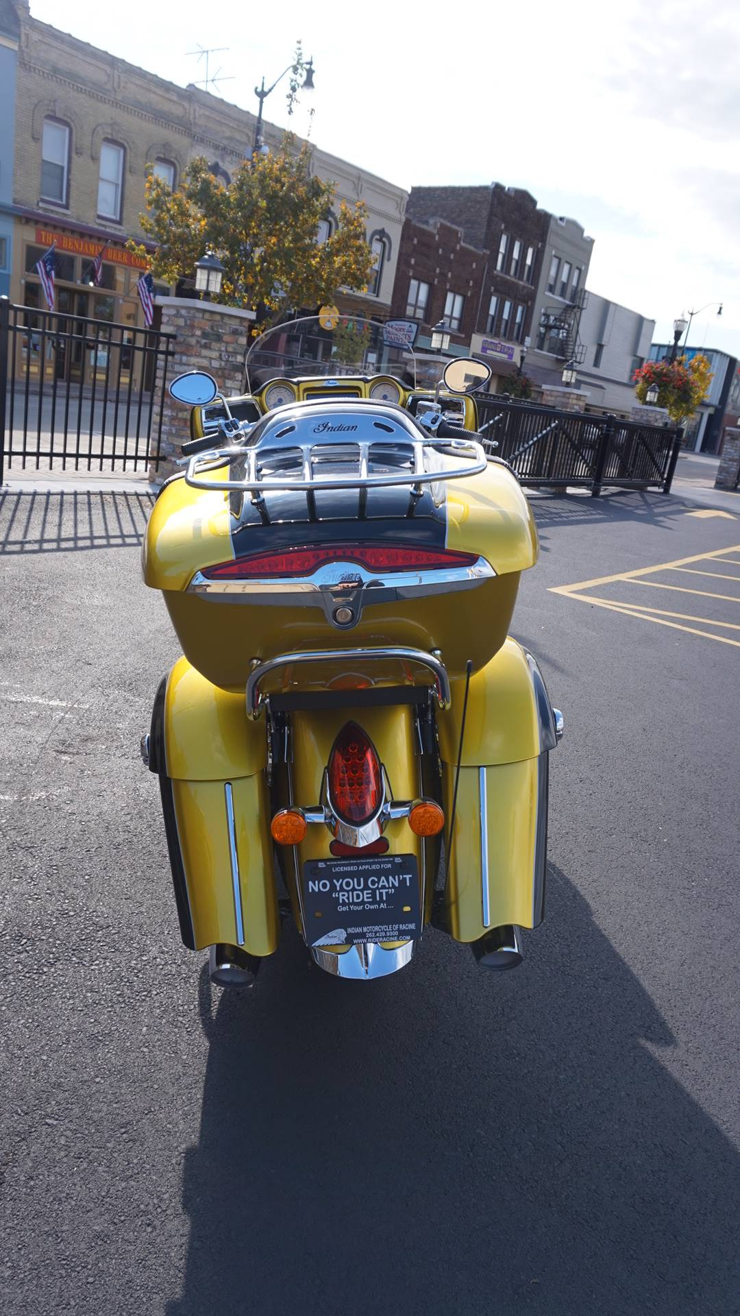 2018 Indian Roadmaster® Icon Series in Racine, Wisconsin - Photo 16