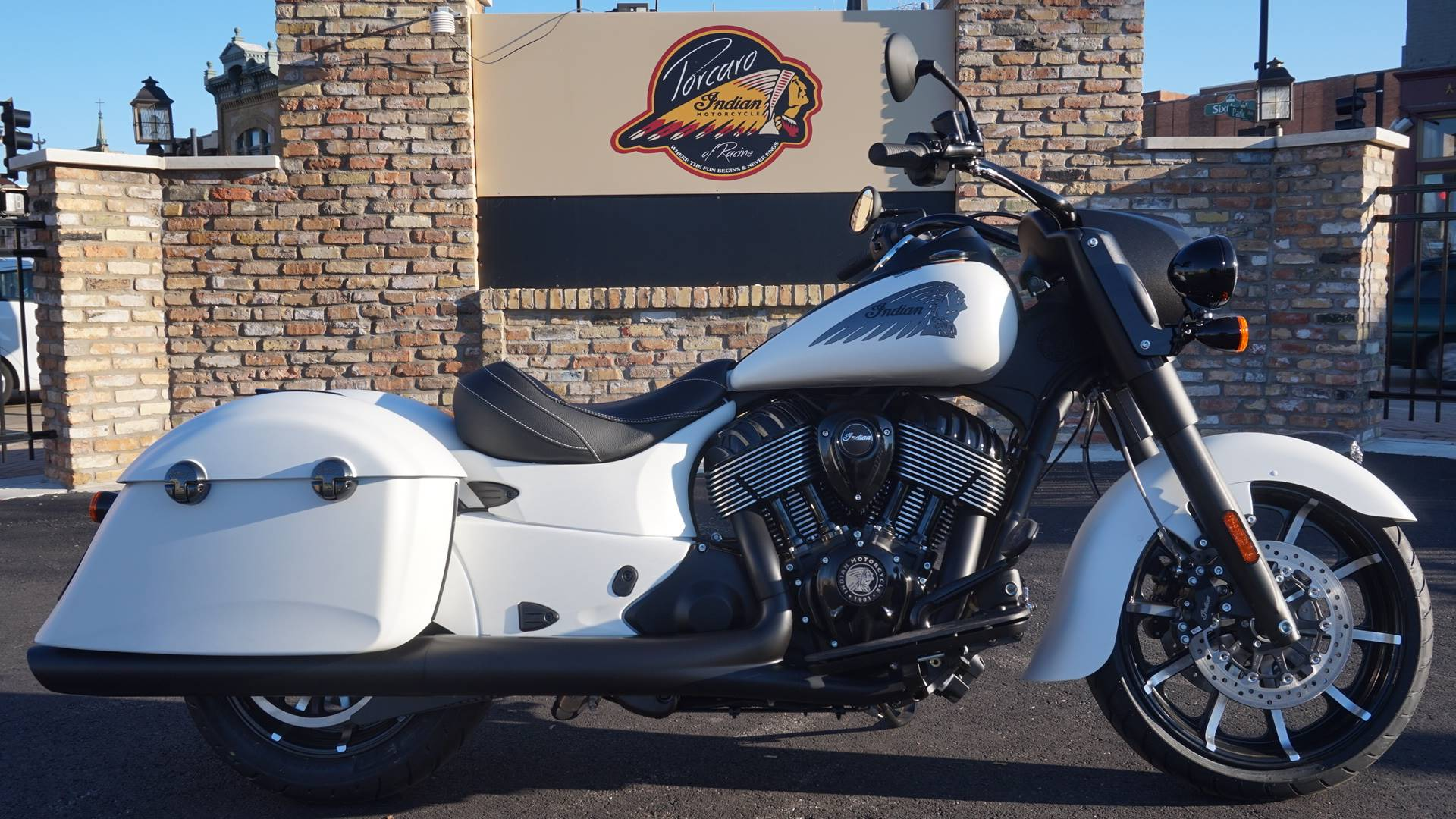 2019 Indian Springfield® Dark Horse® ABS in Racine, Wisconsin - Photo 1