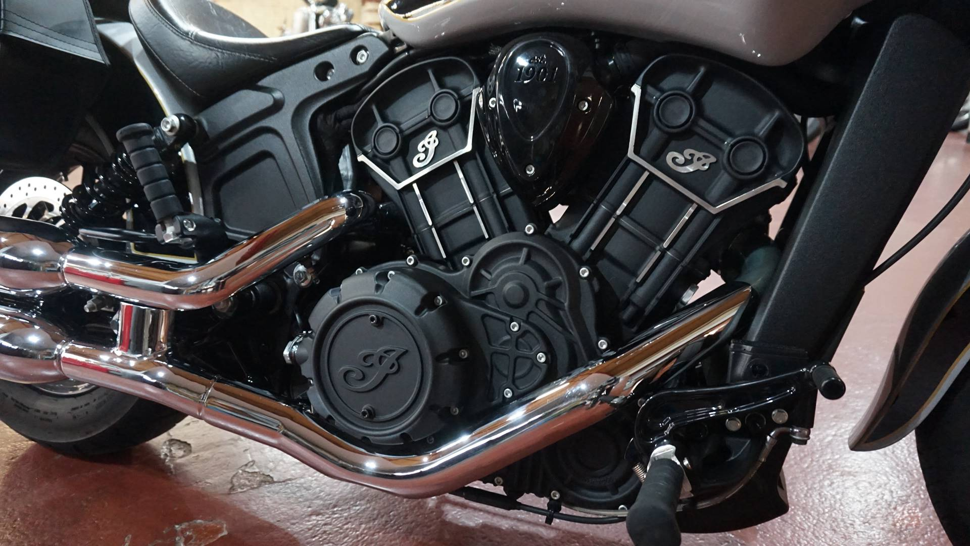 2017 Indian Scout® Sixty ABS in Racine, Wisconsin - Photo 5